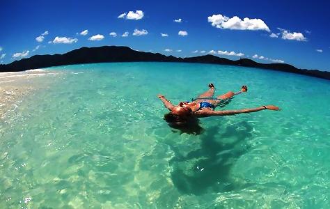10 Tipps, wie man die Ferien mit ins Büro nehmen kann